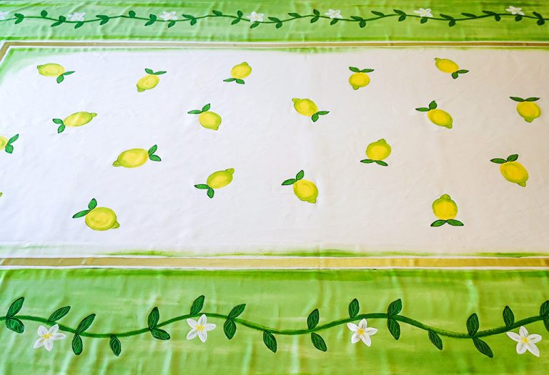 Lemons with Green Border